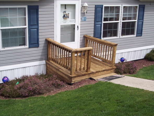 Deck wood cleaning sprayaway cleaning for Small wood porch designs